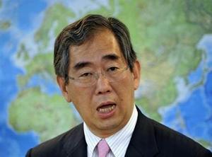 Ngoại trưởng Nhật Takeaki Matsumoto
